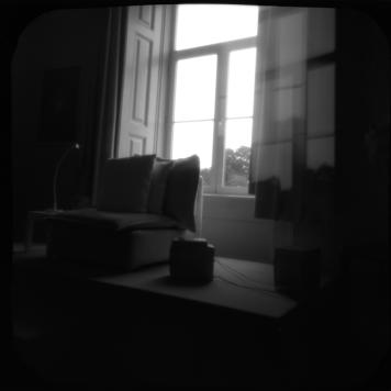 Fotografia de Inês Lopes, realizada com uma TOSCA construída no workshop de fotografia estenopeica, fevereiro de 2015